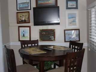 Suncatcher Cottage 1508-2nd Avenue - Tybee Island vacation rentals