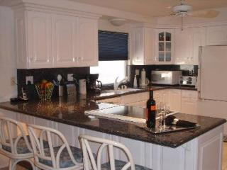 Lovely La Jolla Shores Getaway – Easy Walk to Beach! - La Jolla Shores vacation rentals