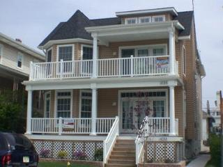1033 Central Avenue 1st 112300 - New Jersey vacation rentals