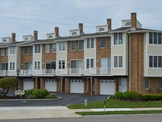 1205 Beach    The Captain 105006 - Ocean City vacation rentals