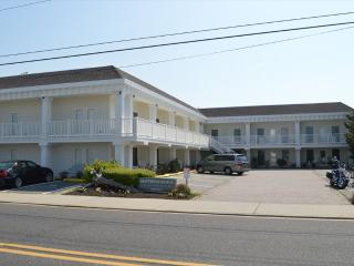 Driftwood Condo 27 25505 - Ocean City vacation rentals