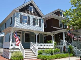 IN TOWN AND CLOSE TO BEACH 8868 - Ocean City vacation rentals