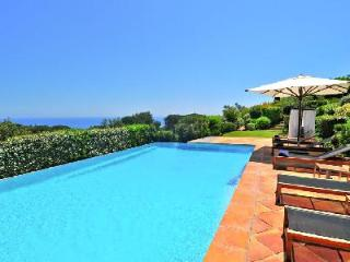 Sea view La Reserve-Villa 11 with private patio, maid service and spa access - Ramatuelle vacation rentals