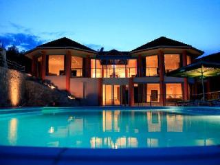 Romantic Villa Zaglav with a 37-m boat, pool, terrace and staff - Vela Luka vacation rentals