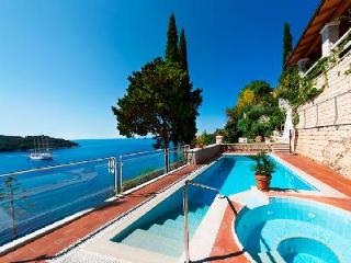 Villa Lucija - overlooking Adriatic Sea - Elegant Italian Furnishings - Southern Dalmatia vacation rentals