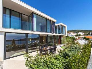 Scenic sea view Villa Carmen with spa-like indoor pool & tranquil green roof - Primosten vacation rentals