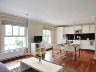 LON Elegant Two bedroom in Chelsea - Key 139 - London vacation rentals