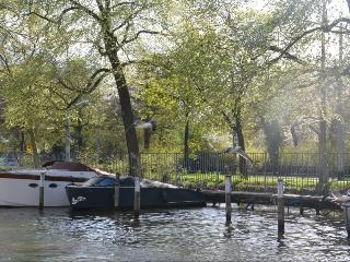 Ams One bedroom Houseboat - Key 1111 - North Holland vacation rentals