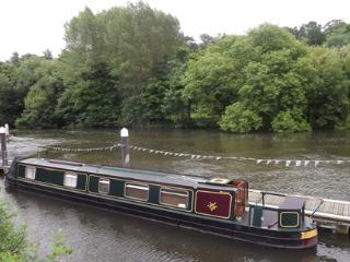 Narrowboat on the Scenic River Thames West London - Middlesex vacation rentals