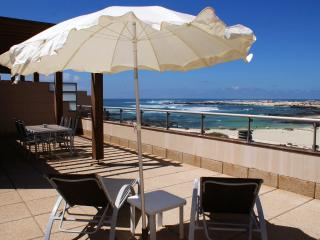 MRF-33 Beach Apartment Faro Vista El Cotillo - El Cotillo vacation rentals