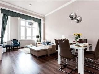 Luxury Panorama Apartment - Budapest & Central Danube Region vacation rentals