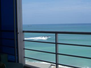Beautiful Oceanfront Condo in Salinas Ecuador - Salinas vacation rentals