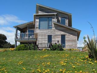 Windy Waves Bed and Breakfast - Levin vacation rentals