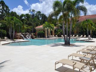 Gorgeous condo near Coconut Point! - Bonita Springs vacation rentals