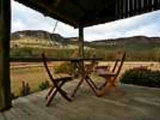 -Historic settlers cottage, tastefully renovated, situated at the foot of the magnificent  mountain escarpments - Image 1 - Killcare - rentals