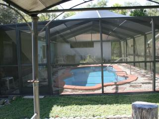 CRYSTAL RIVER FLORIDA on canal, inground heat pool - Crystal River vacation rentals