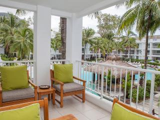 2121 FAMILY HOLIDAY APARTMENT - Palm Cove vacation rentals