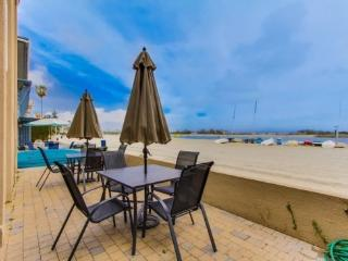 Anne's Bayfront Beach House in Quiet South Mission Beach - San Diego vacation rentals