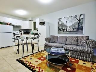 BRAND NEW!!! Vancouver/Burnaby Private 1BR Suite - Burnaby vacation rentals