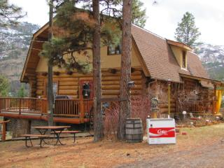 Naturalists dream,LogHome,lower level,owner onsite - Kaleden vacation rentals