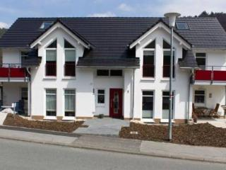 Vacation Apartment in Willingen - 646 sqft, quiet, central, high-quality (# 4037) - Willingen vacation rentals