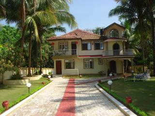 Casa de Jardin Varca South Goa for 4 people - Varca vacation rentals