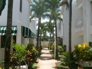 Beatiful Juan Dolio Town Hownhouse - Juan Dolio vacation rentals