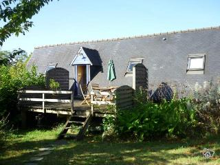 Beautiful house to rent 2km from the sea - Cotes-d'Armor vacation rentals