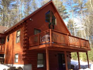 Cozy and Romantic Log Home - Harrison, Naples line - Harrison vacation rentals