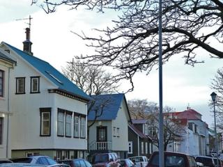 Flat in a Beautiful Central Area in Reykjavik - Paris vacation rentals