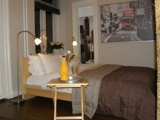 Great 1 Bedroom Apartment in Kamppi - Helsinki vacation rentals