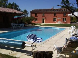 Renovated Farmhouse With Private Pool - Saint-Nazaire-d'Aude vacation rentals