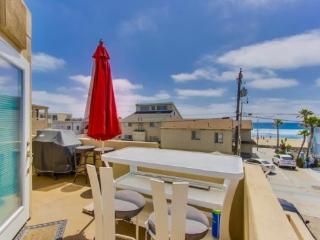 Dave's Double Master Suite Mission Beach Retreat - San Diego vacation rentals