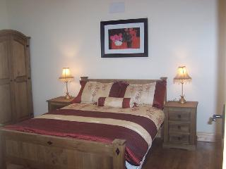 Chloe's Country Cottages: Rose Cottage - New Ross vacation rentals