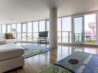 St George's Wharf II - London vacation rentals