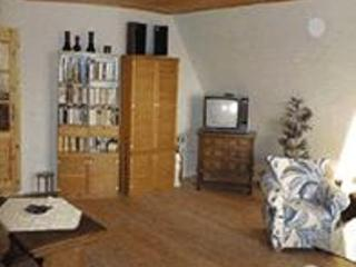 Vacation Apartment in Wunstorf - 807 sqft, comfortable, modern, quiet (# 4074) - Wunstorf vacation rentals