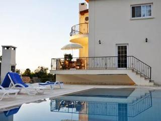 Villa Zulfa Bellapais North Cyprus - Kyrenia vacation rentals