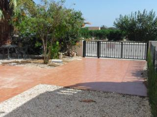 Detached Villa 3 beds overlooked to Orange field in  El Raso  Gauradmar del Segura - Guardamar del Segura vacation rentals