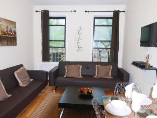 Midtown East Charming Comfortable One Bedroom - Manhattan vacation rentals