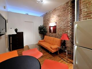 Chelsea Cozy Charming One Bedorom - Manhattan vacation rentals