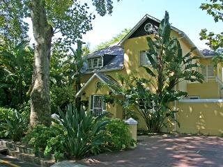 Yellow Lodge Guest House - Stellenbosch vacation rentals