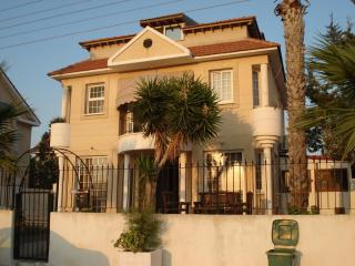 Villa Joanna- Oroklini with pool for holiday rent - Oroklini vacation rentals