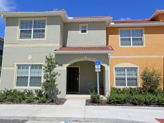 5 Bedroom/4 Bath Turtles Nest that Sleeps 12. FD  Paradise Found The Joys of Winter, Spring, Summer and Fall,  5* Gold Winner at - Kissimmee vacation rentals