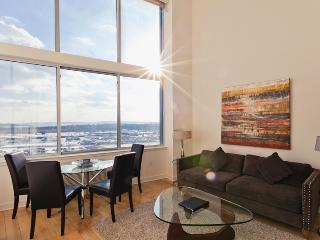 Sky City at Regent 3 Bedroom Duplex - Greater New York Area vacation rentals