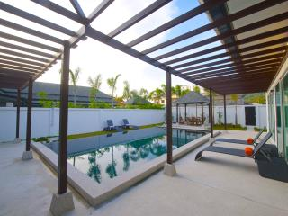 Modern 3 bedroom private pool villa in Kamala - Kamala vacation rentals