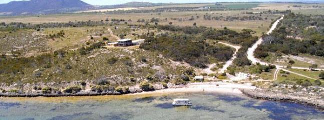 Secluded  - Shelly Beach Lodge Waterfront Holiday Retreat - Coffin Bay - rentals
