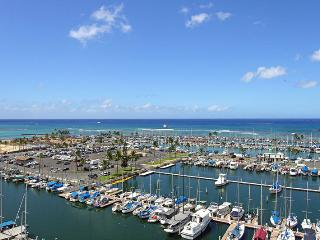 Waterfront Ilikai Marina, best ocean view! - Honolulu vacation rentals