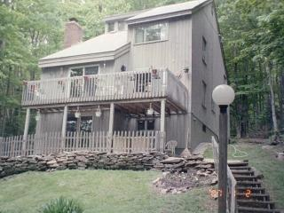 Wonderful Vermont Home with beautiful views for lots of skiing in winter and great golf  to do - Southeastern Vermont vacation rentals