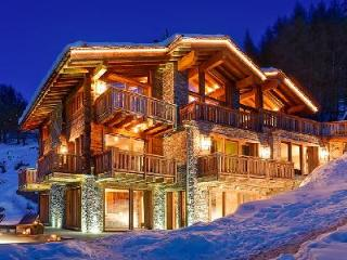 Elegant & cozy child-friendly Chalet Les Anges with staff, pool, spa & breathtaking views - Valais vacation rentals