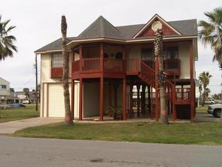 One Block from Beach, Pool, Fishing Pier, Boat Launch - Galveston vacation rentals